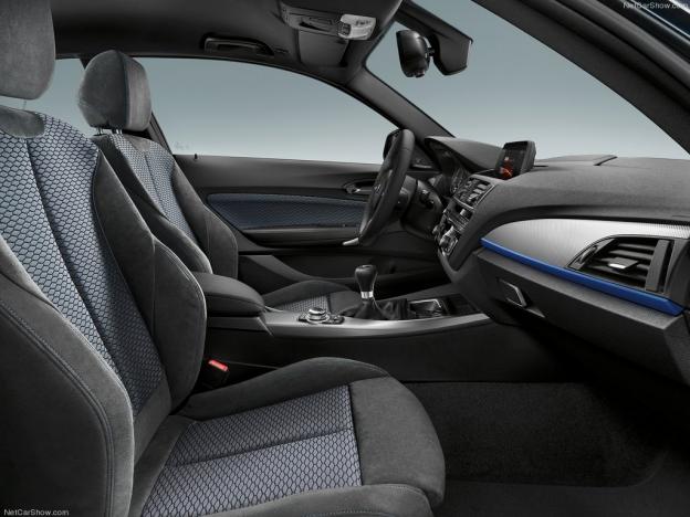 Фото кресел BMW 1 Series 2016-2017