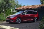 фотографии Chrysler Pacifica 2016-2017 года