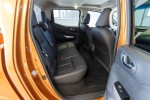 картинки салон Nissan NP300 Navara 2016-2017 задний ряд сидений