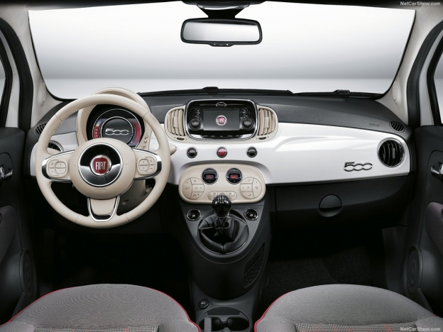 Fiat 500 2016-2017 фото салона