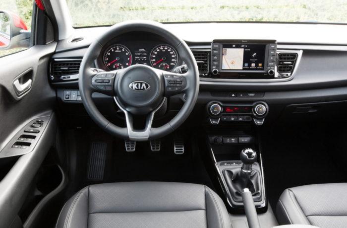 Популярный седан Kia Rio 2017-2018 в новом кузове