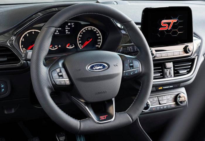 Ford Fiesta ST 2017-2018 — мощный хэтч в третьем поколении