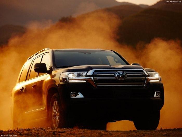 Toyota Land Cruiser Prado 2018 - комплектации, цены, фото и характеристики