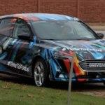 Тестирование нового поколения Ford Focus проходит при необычной маскировке