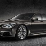 Седан BMW M760i смог выдать скорость 320 км/ч