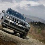 Кроссоверы Volkswagen Touareg массово отзываются производителем