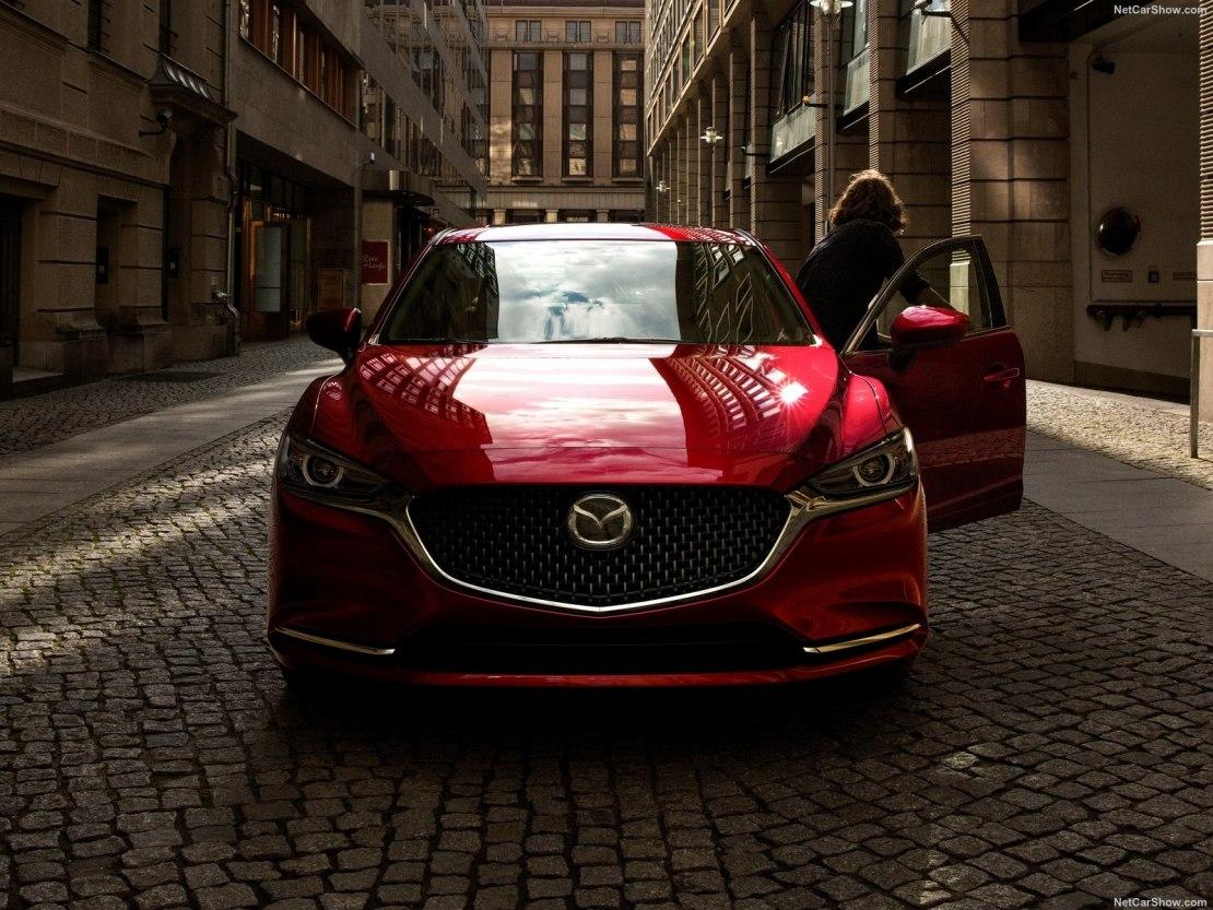 Mazda 6 2020: свежий бизнес-седан с обновленными комплектациями, системами безопасности и роскошным интерьером
