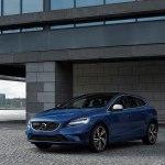 Новый Volvo V40 2019 года — технологичный и экономичный хэтчбек со спортивным характером