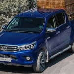 Новый Toyota Hilux 2019 года — универсальный рамный пикап повышенной проходимости