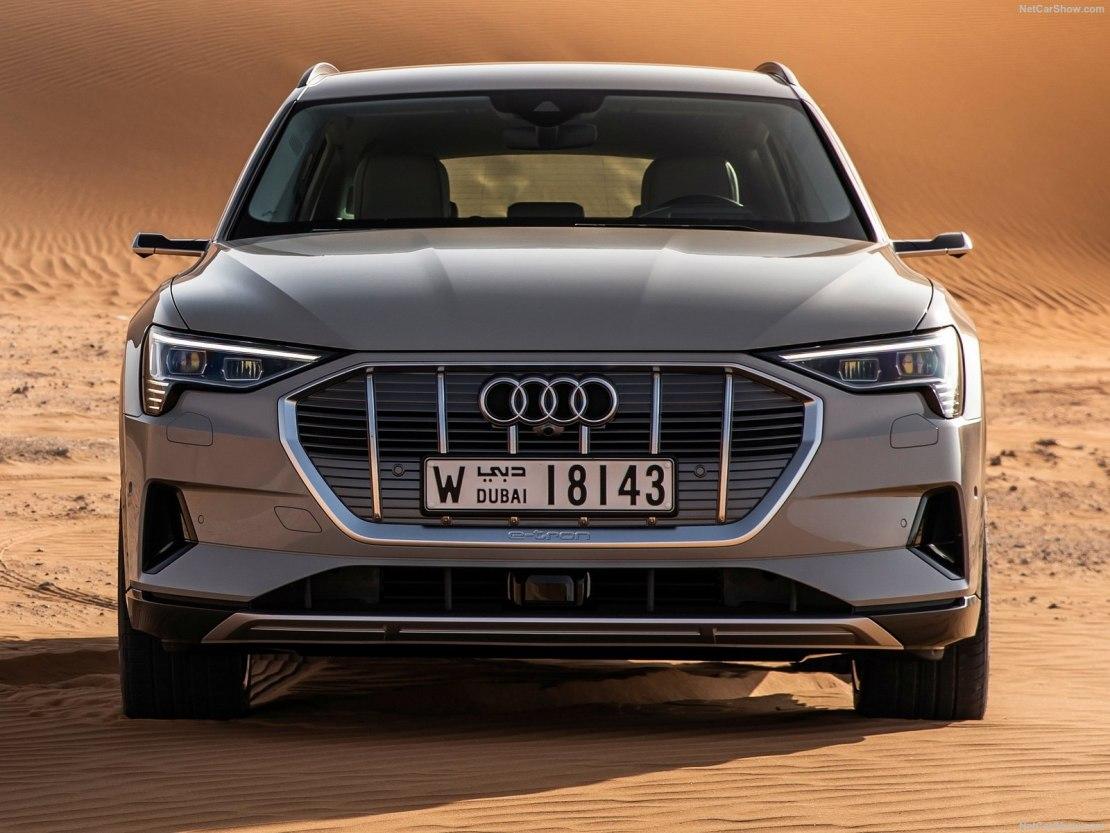 Audi e-tron 2019: первый электрокар с возможностями кроссовера