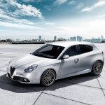 Alfa Romeo Giulietta 2019 года — популярный хетчбек для современных и практичных