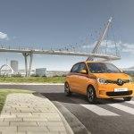 Renault Twingo 2019 — практичный городской автомобиль с экономичным двигателем и высоким уровнем комфорта
