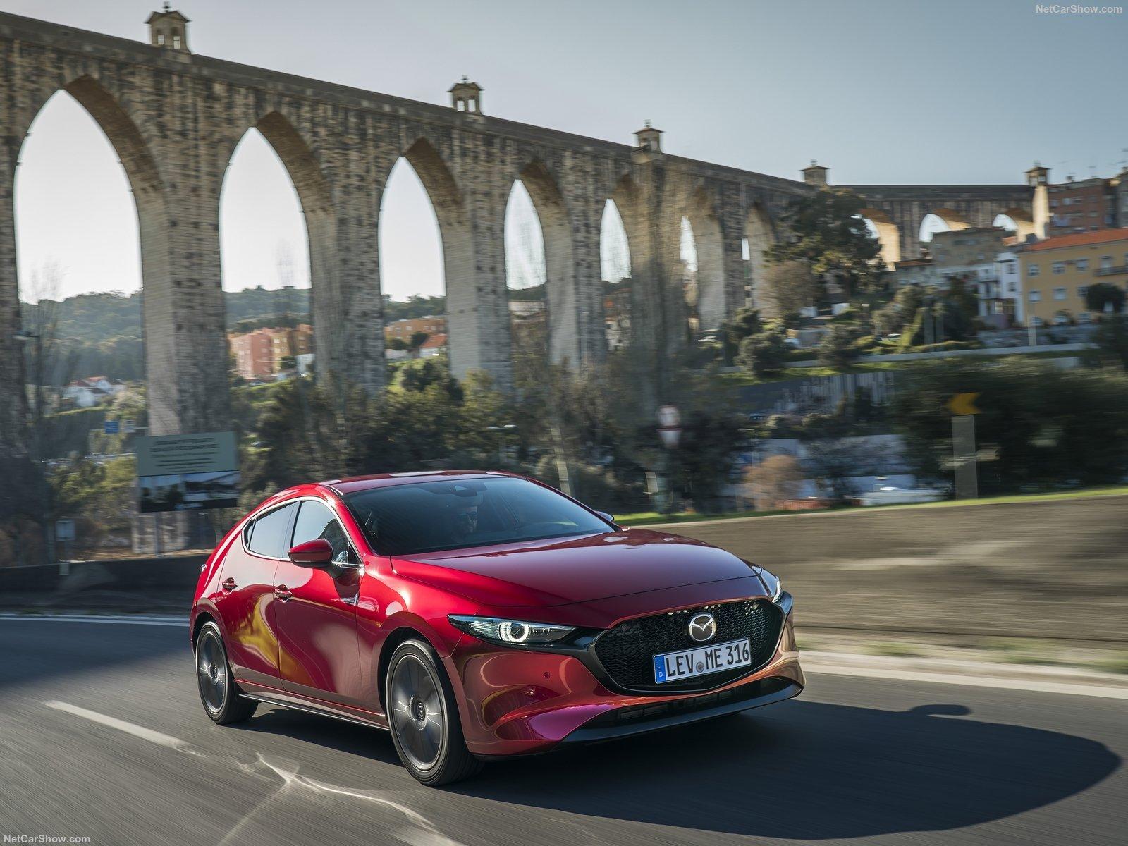 Mazda 3 2020: японская новинка с шустрым мотором, отличным уровнем оснащения и богатыми комплектациями