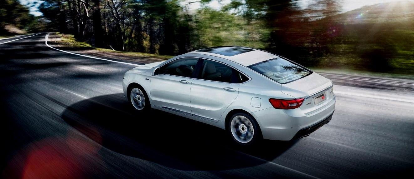 Geely Emgrand GT 2020 – седан с турбированным мощным мотор, АКПП и полным набором передовых опций.