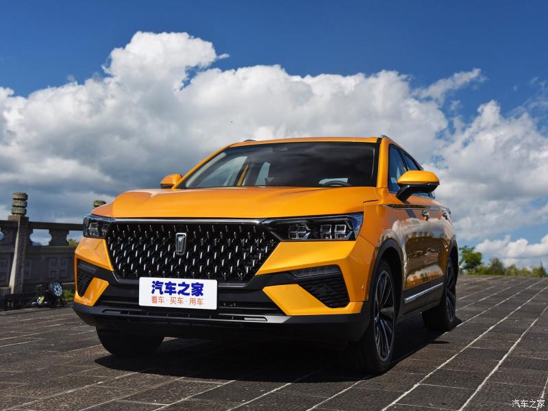Кроссовер с чертами Range Rover по цене Creta: 1.5 л, 7 ст. робот, подушки, климат. Новый FAW Besturn T77 2020