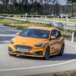 Форд Фокус 2020 — американский хэтч, обеспечивающий высокую безопасность и комфорт