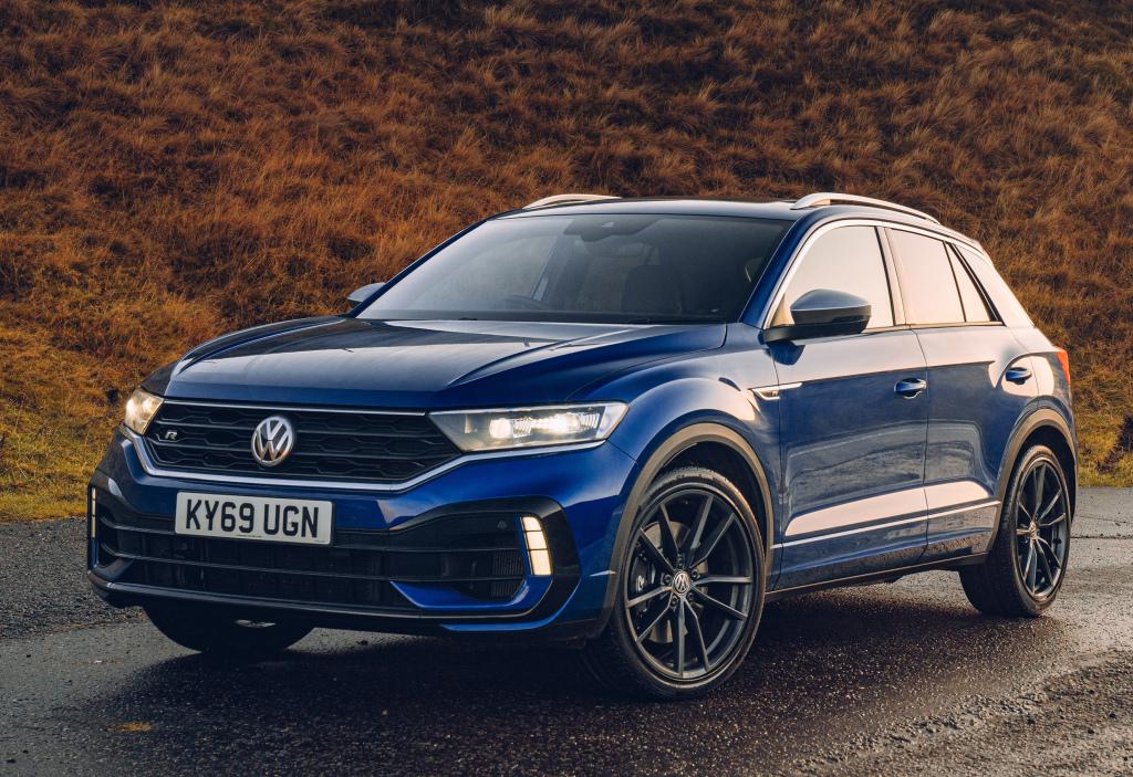 Volkswagen T-Roc 2020 – купейный кроссовер с современными возможностями, который способен стать лидером рынка