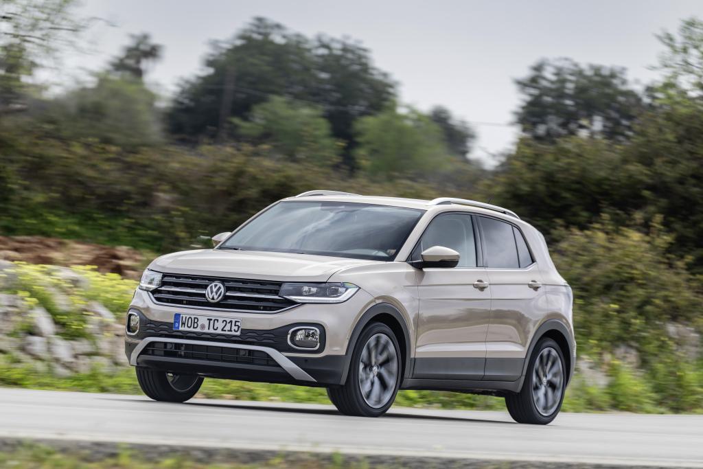 Volkswagen T-Cross 2020 – современный компакт-кросс за 1,3 миллиона рублей, который точно круче Mazda CX-5