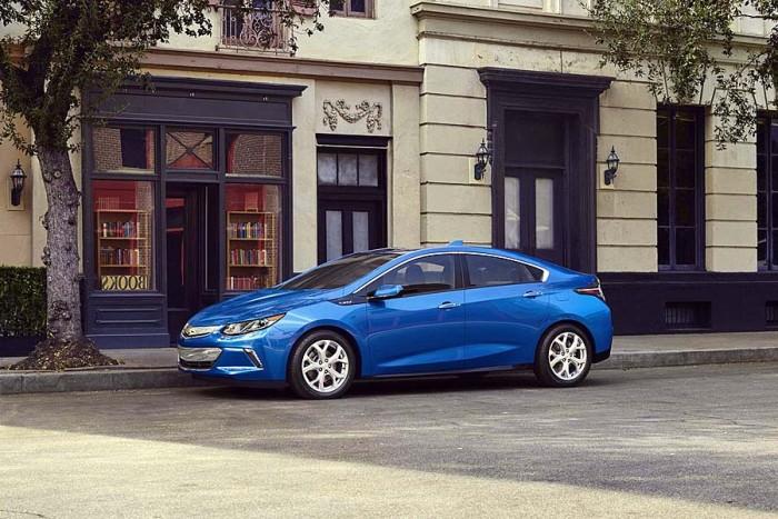 Фото нового Chevrolet Volt 2015-2016