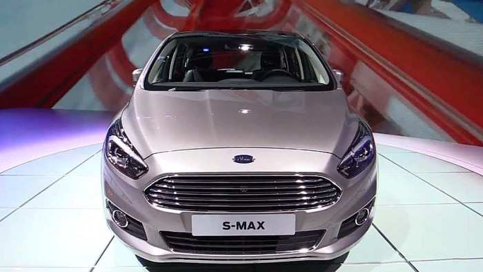 Фото обновленного Ford S-Max 2015-2016