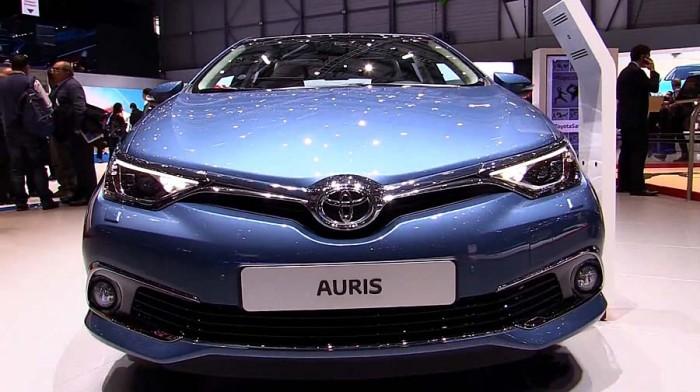 Новый Тойота Аурис 2016