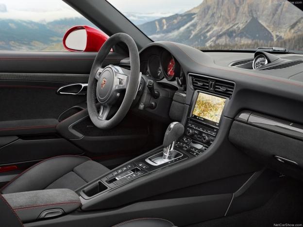 Салон Порше 911 Тагра ГТС 2016-2017