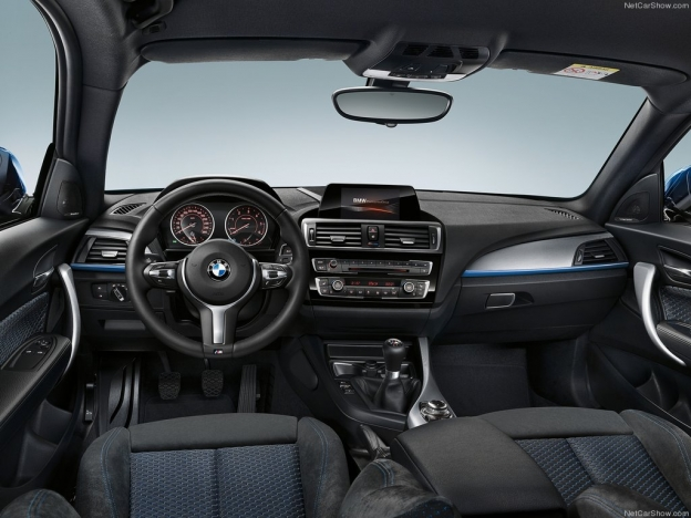 Фото салона BMW 1 Series 2016-2017