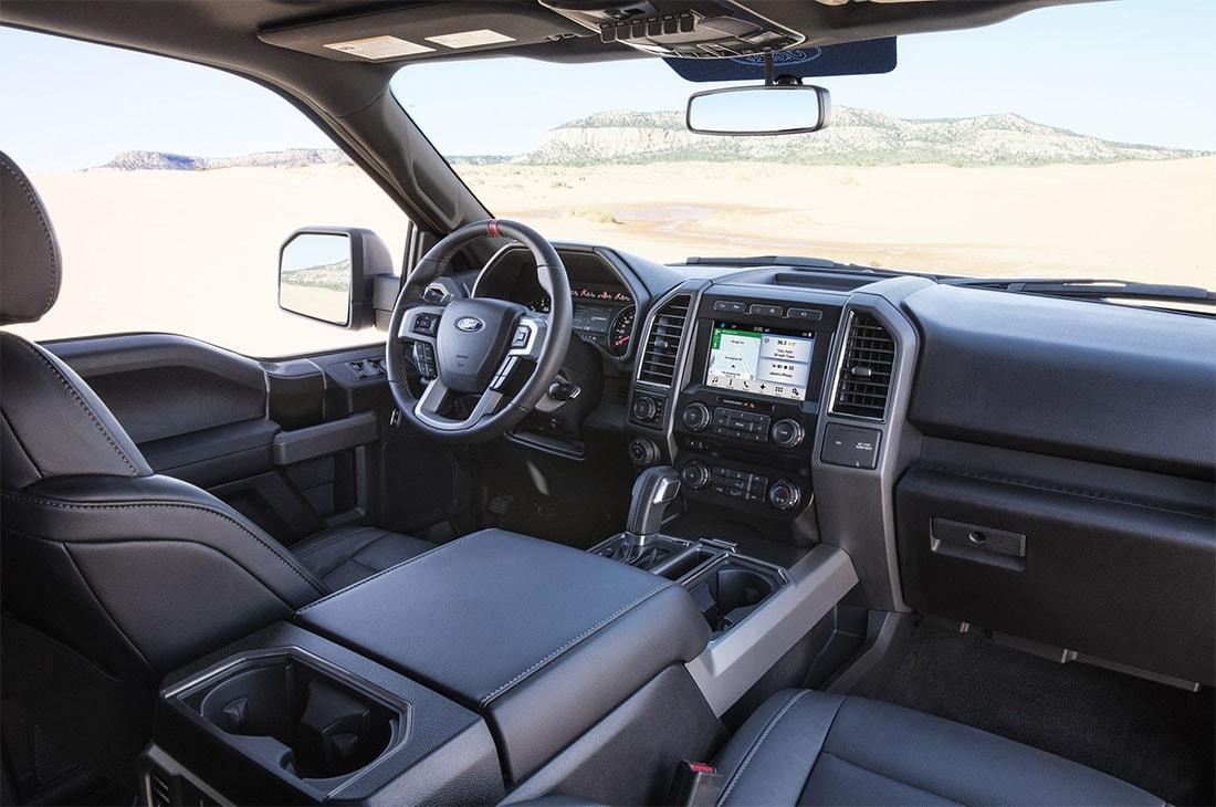 Специальная версия Форд Ф-150 Раптор 2016-2017 (вид изнутри)