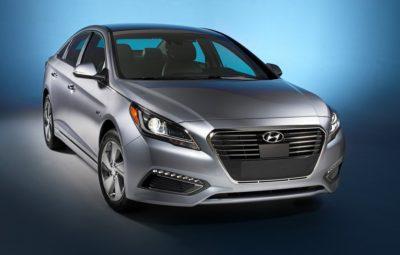 Hyundai Sonata Hybrid 2015-2016: две модификации гибридного седана