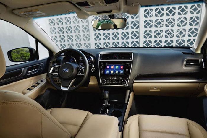 Компания Субару обновила свою модель Subaru Legacy 2017-2018