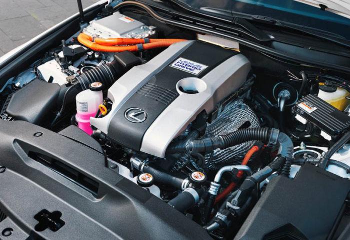 Началась продажа премиальной новинки Lexus IS 2017-2018