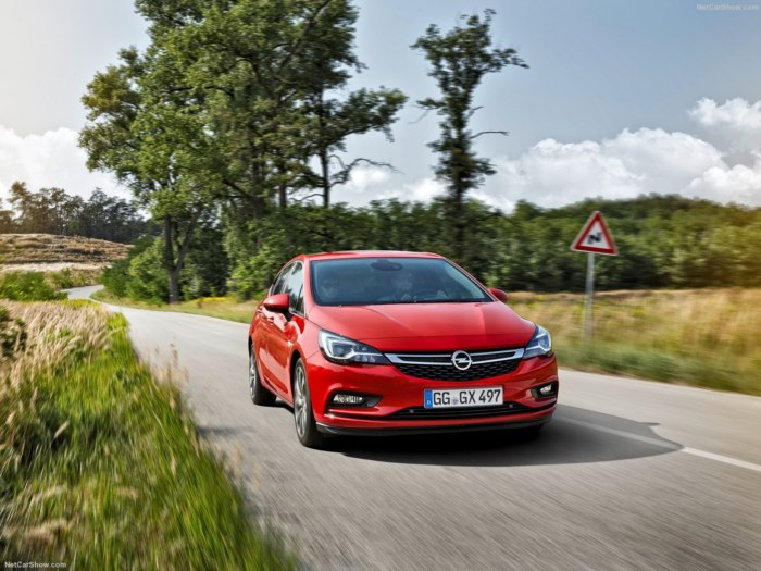 Обновленный Opel Astra 2017: цены, комплектации, фото и характеристики