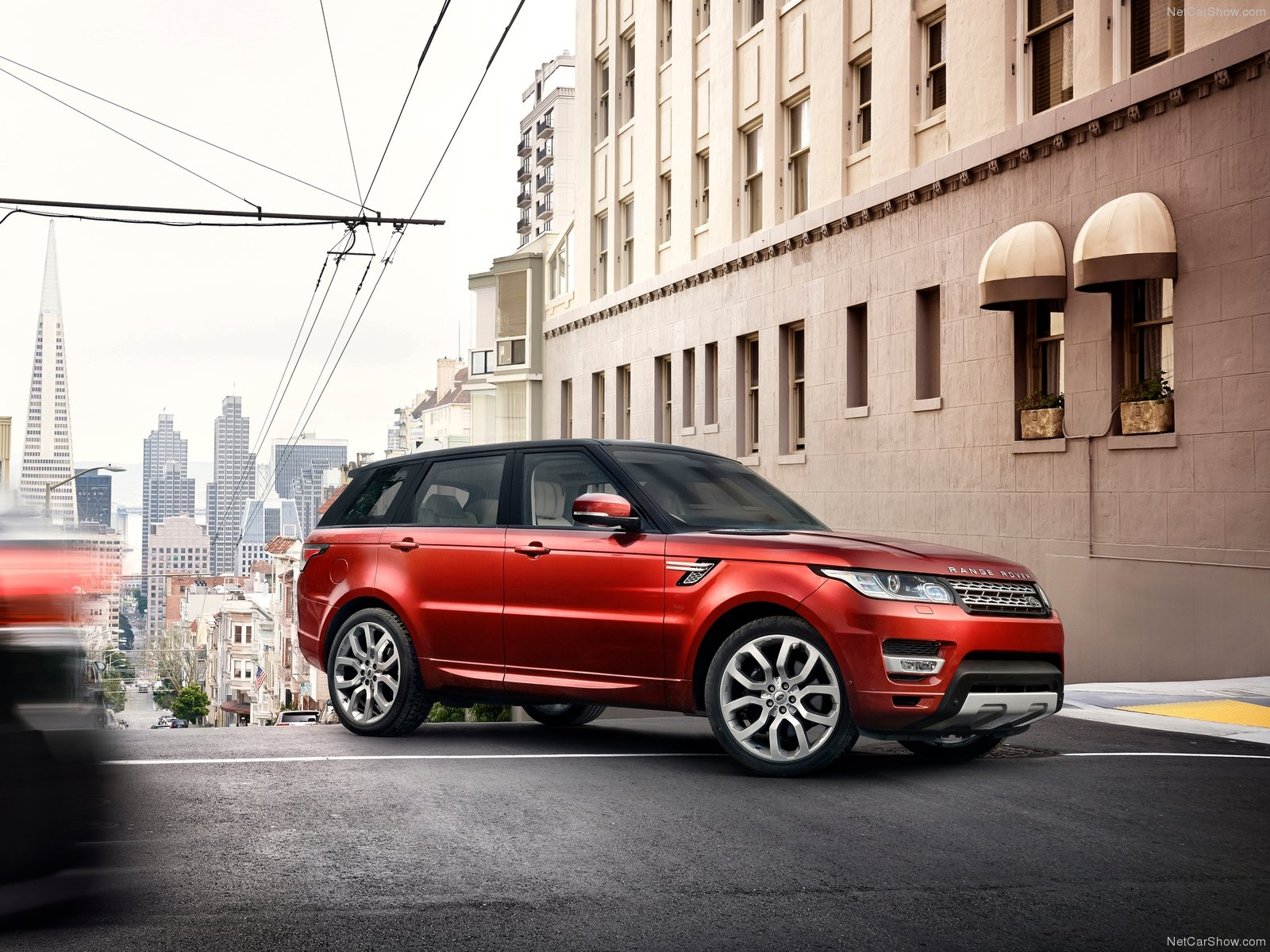 Range Rover Sport 2017: комплектации, цены, фото и видео тест-драйв